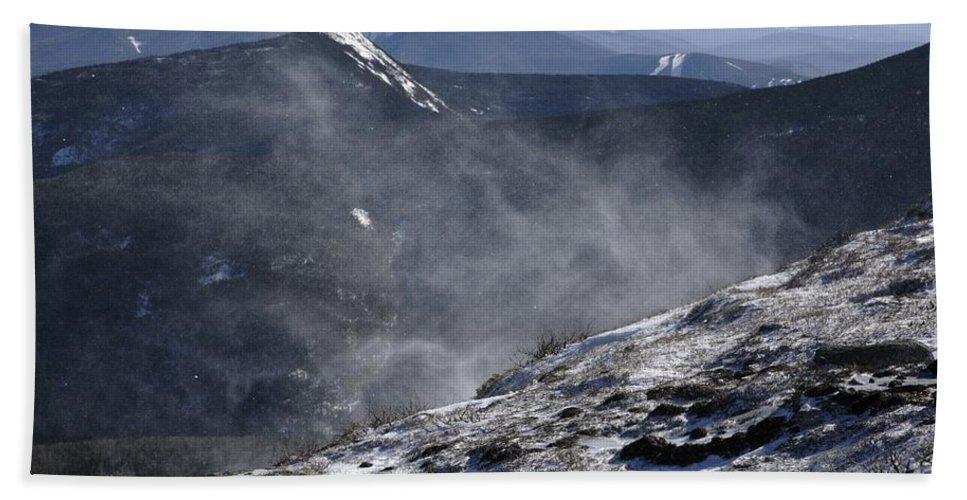 Franconia Ridge Bath Sheet featuring the photograph Appalachian Trail - Franconia Ridge-white Mountains New Hampshire by Erin Paul Donovan