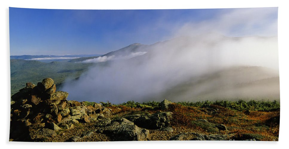 Adventure Bath Sheet featuring the photograph Appalachian Trail - White Mountains New Hampshire Usa by Erin Paul Donovan