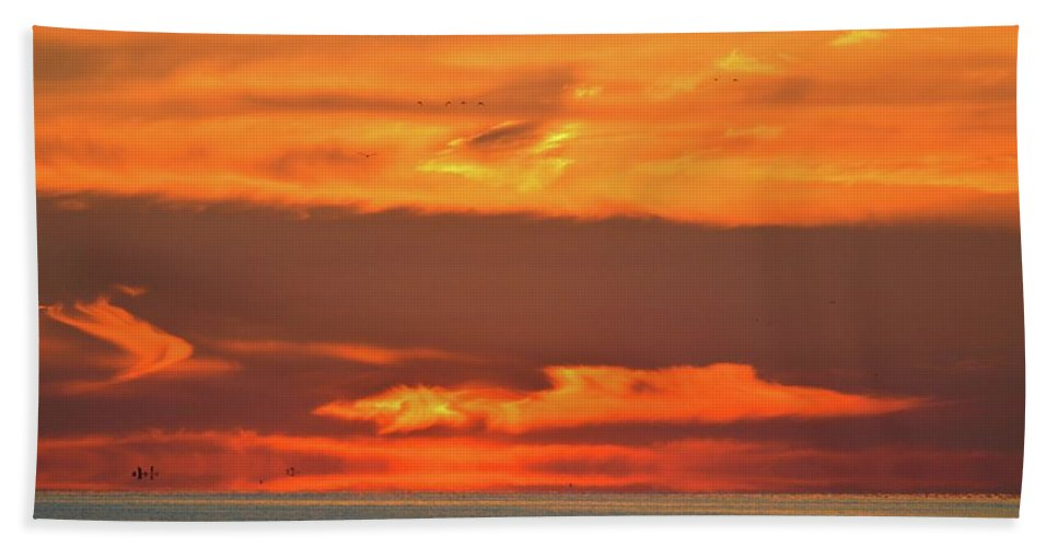 Abstract Hand Towel featuring the photograph Approaching August Sunrise At Lake Simcoe by Lyle Crump