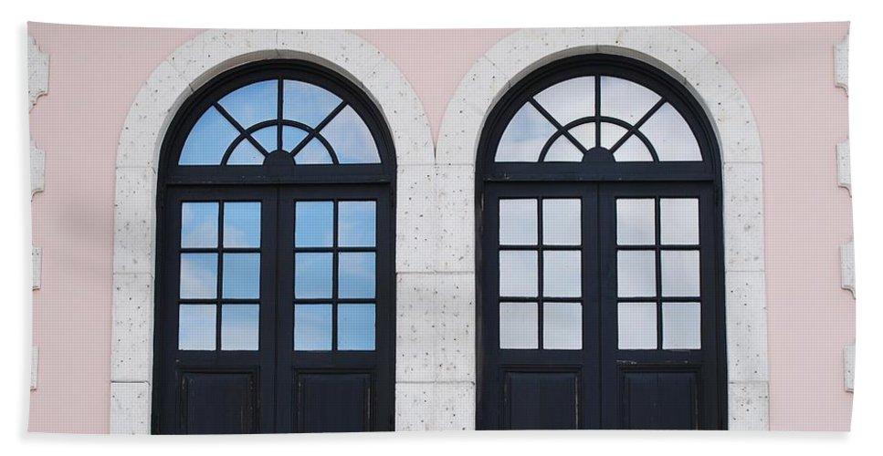 Windows Bath Towel featuring the photograph Arch Windows by Rob Hans