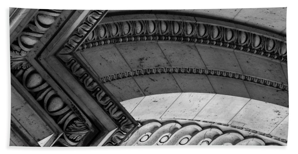 Architecture Bath Towel featuring the photograph Architectural Details Of The Arc by Donna Corless