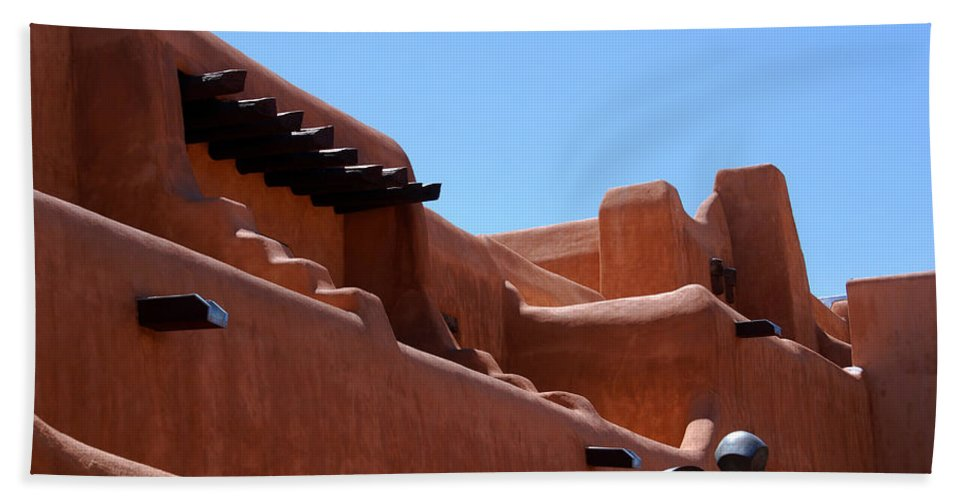 Photography Hand Towel featuring the photograph Architecture In Santa Fe by Susanne Van Hulst