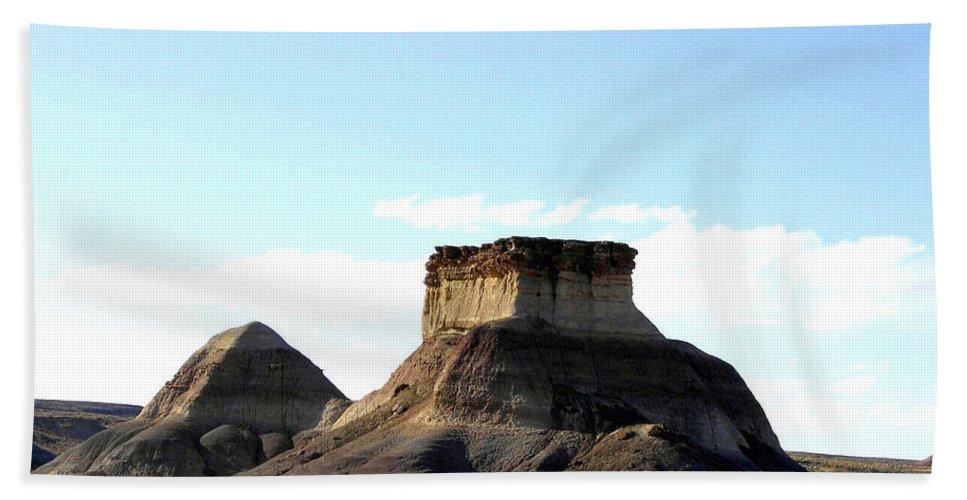 Arizona Bath Towel featuring the photograph Arizona 15 by Will Borden