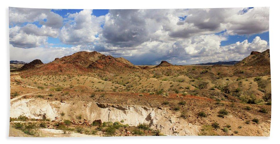 Landscape Bath Sheet featuring the photograph Arizona Cliffs by James Eddy