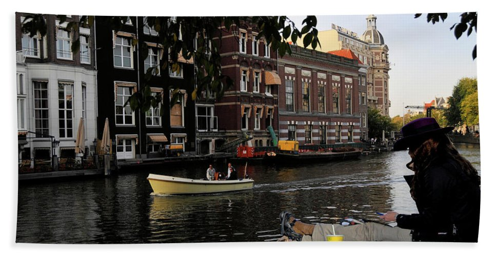 Landscape Hand Towel featuring the photograph Artist On Amsterdam Canal by Stan Roban