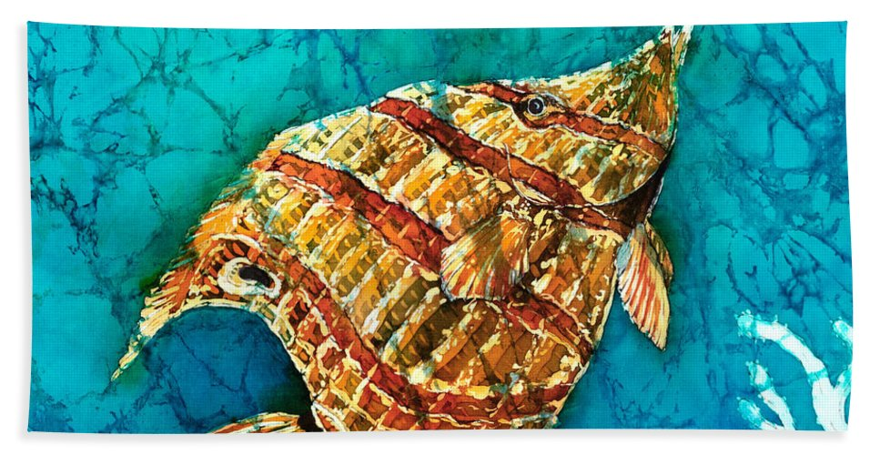 Beaked Butterflyfish Hand Towel featuring the painting Ascending by Sue Duda