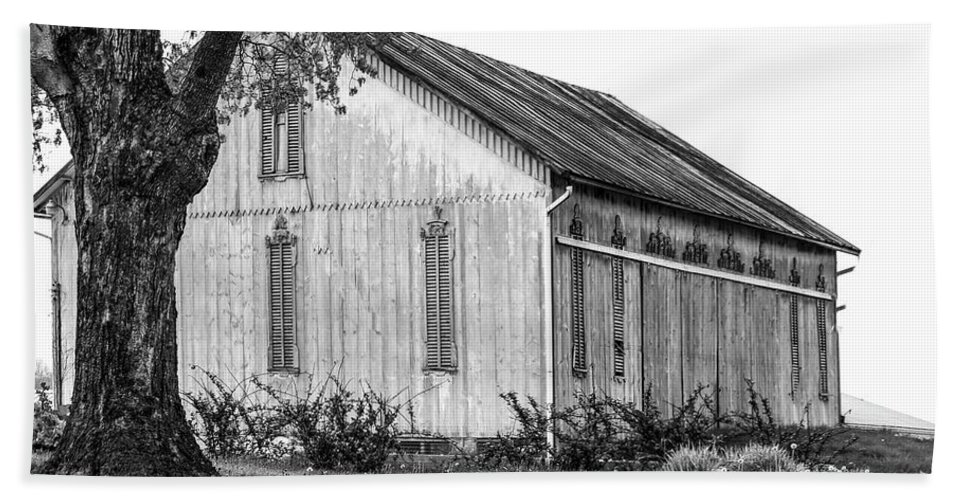 Barn Bath Sheet featuring the photograph 143 Ashland Ohio by Dennis R Bean