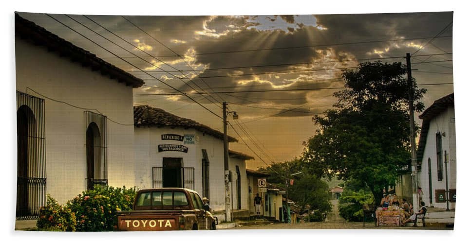 Atardecer Hand Towel featuring the photograph Atardecer Suchitoto by Totto Ponce