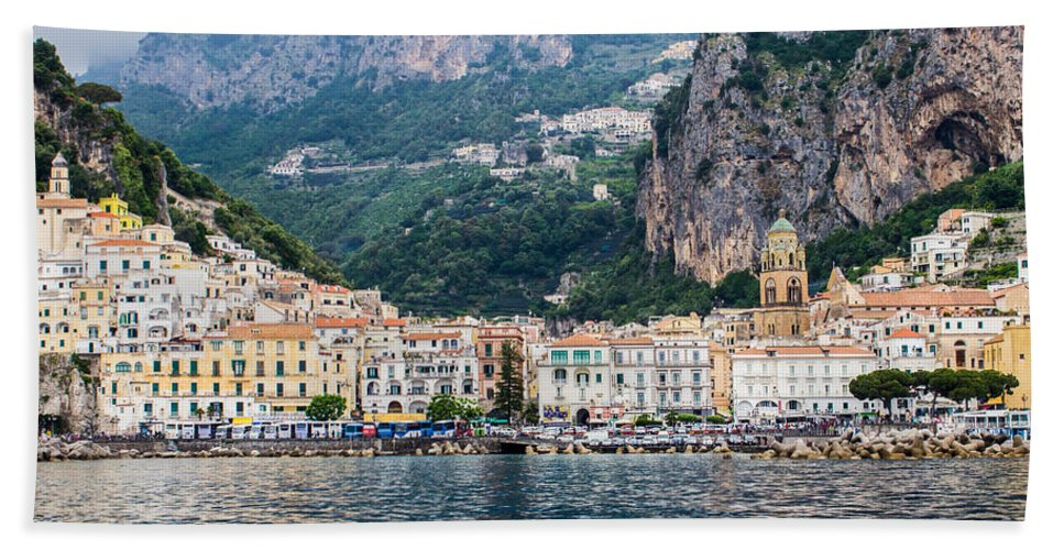 Italy Hand Towel featuring the photograph Atrani by Lisa Lemmons-Powers