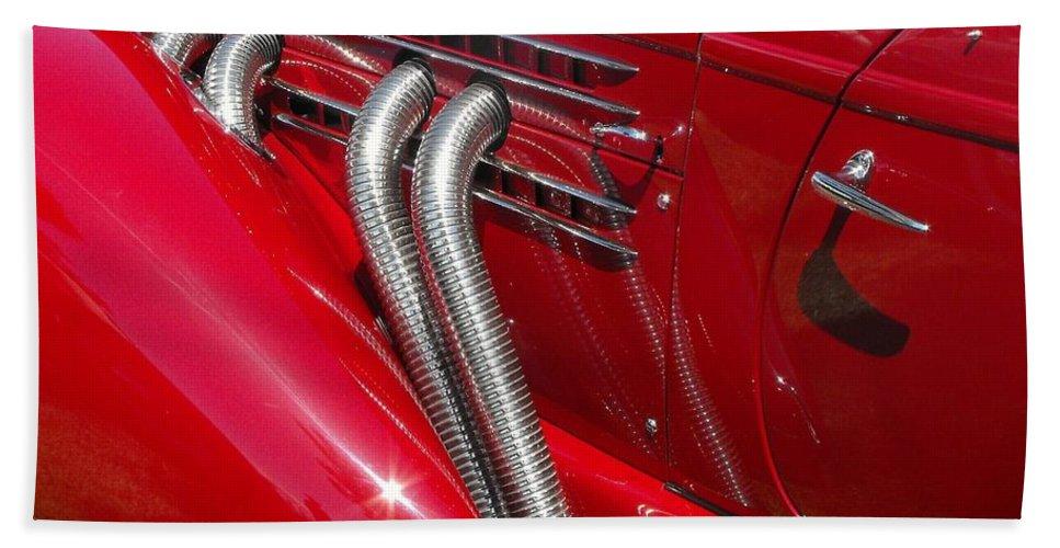 Auburn Bath Sheet featuring the photograph Auburn Speedster by Neil Zimmerman
