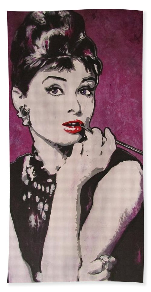 Audrey Hepburn May 4 1929 - Jan 20 1993 . Moon River. Breakfast At Tiffany's. Bath Towel featuring the painting Audrey Hepburn - Breakfast by Eric Dee