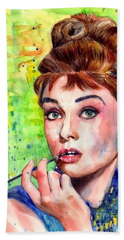 Audrey Hepburn Bath Towel featuring the painting Audrey Hepburn Watercolor by Suzann Sines