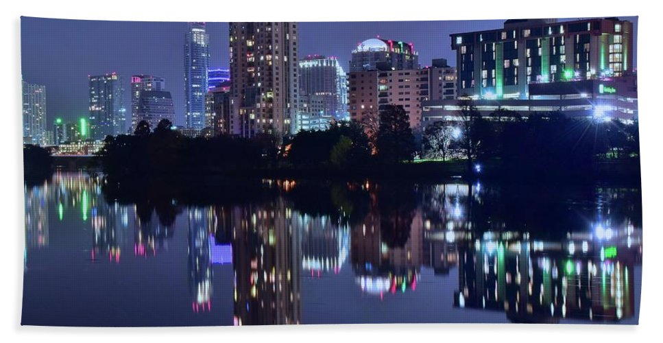Austin Bath Sheet featuring the photograph Austin In Lady Bird Lake by Frozen in Time Fine Art Photography
