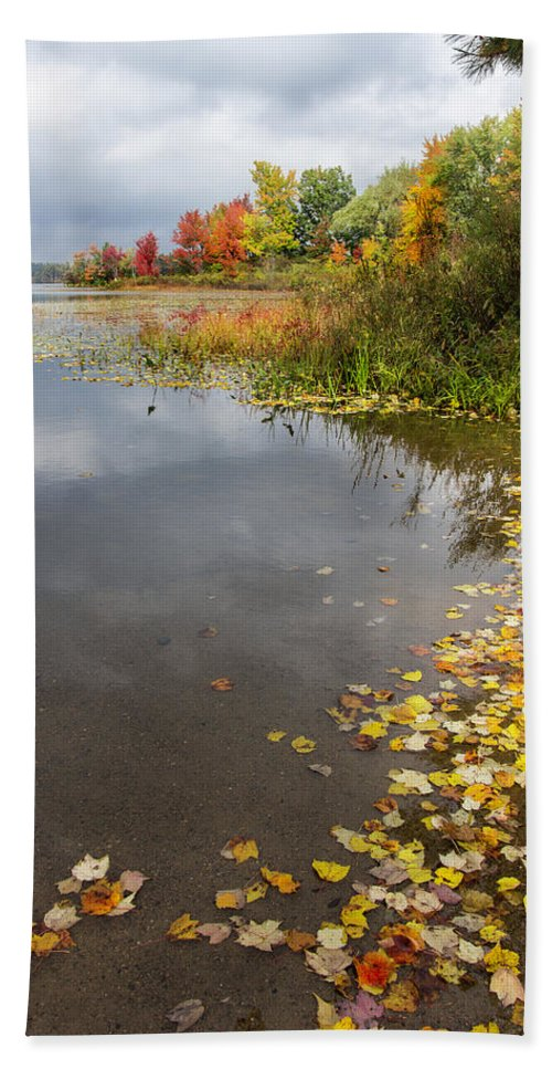 Landscape Bath Sheet featuring the photograph Autumn At The Lake In Nh by Betty Denise