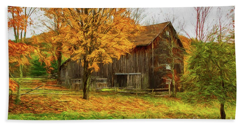 Autumn Hand Towel featuring the painting Autumn Catskill Barn by Deborah Benoit