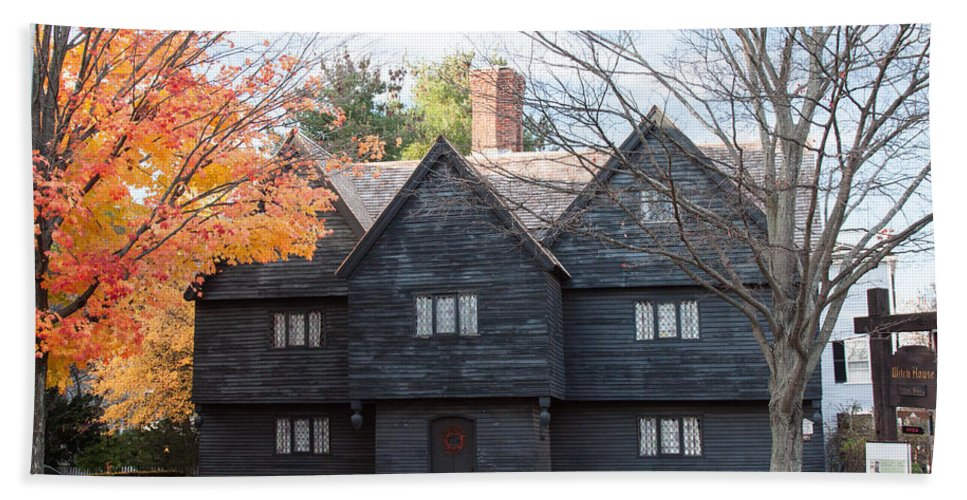 Salem Bath Sheet featuring the photograph Autumn Comes To The Witch House by Jeff Folger