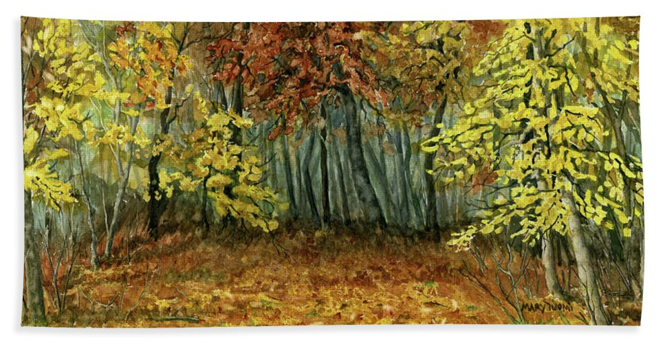 Autumn Bath Towel featuring the painting Autumn Hollow by Mary Tuomi