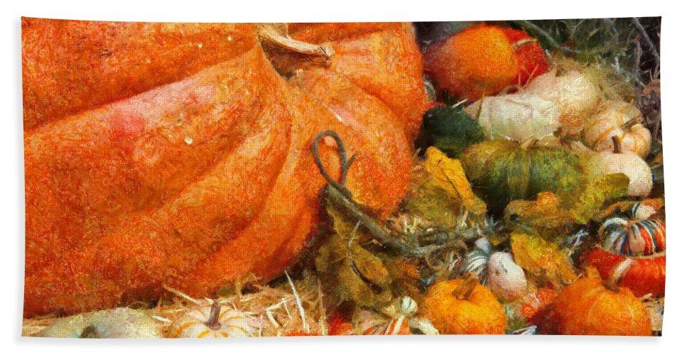 Pumpkin Bath Sheet featuring the photograph Autumn - Pumpkin - All Of My Relatives by Mike Savad