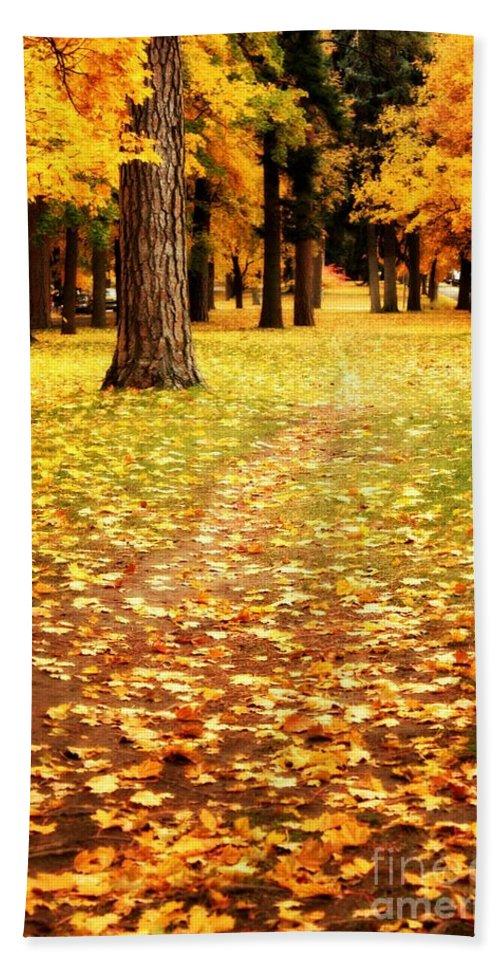 Autumn Bath Sheet featuring the photograph Autumn Walk In Spokane by Carol Groenen