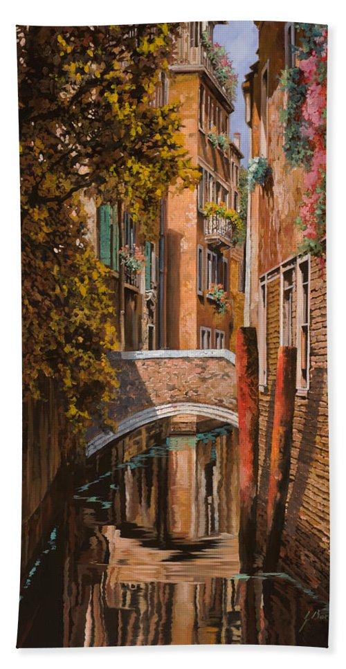 Venice Bath Towel featuring the painting autunno a Venezia by Guido Borelli