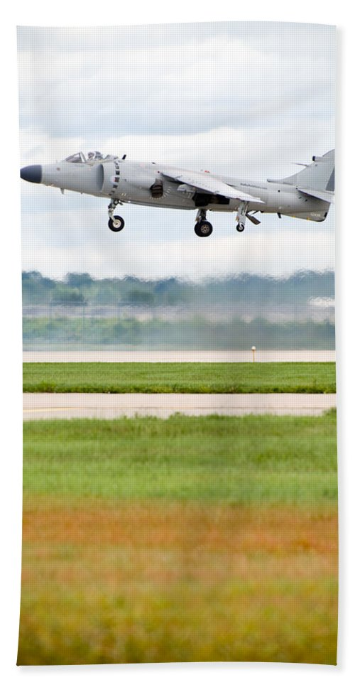 Airplane Bath Towel featuring the photograph Av-8 Harrier by Sebastian Musial