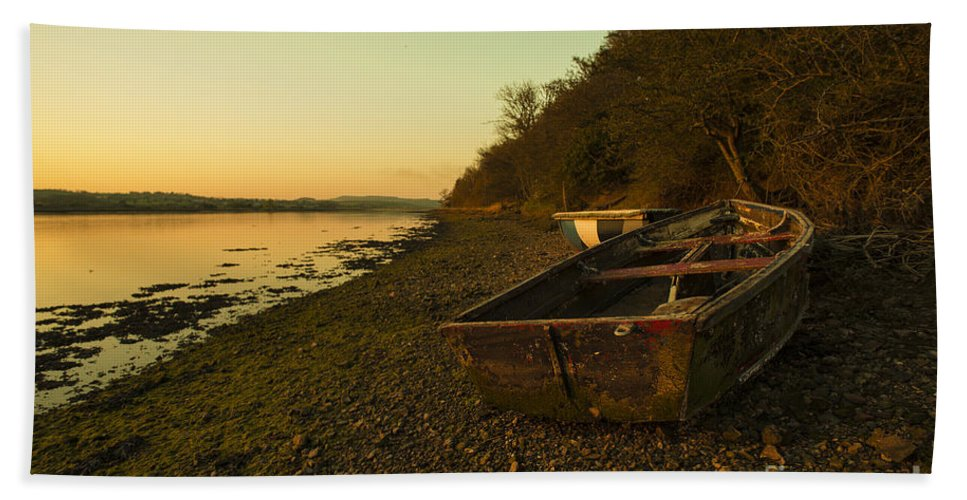 River Hand Towel featuring the photograph Axe Estuary Boat by Rob Hawkins