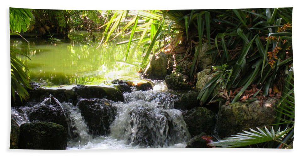 Water Hand Towel featuring the photograph Babbling Brook by Maria Bonnier-Perez