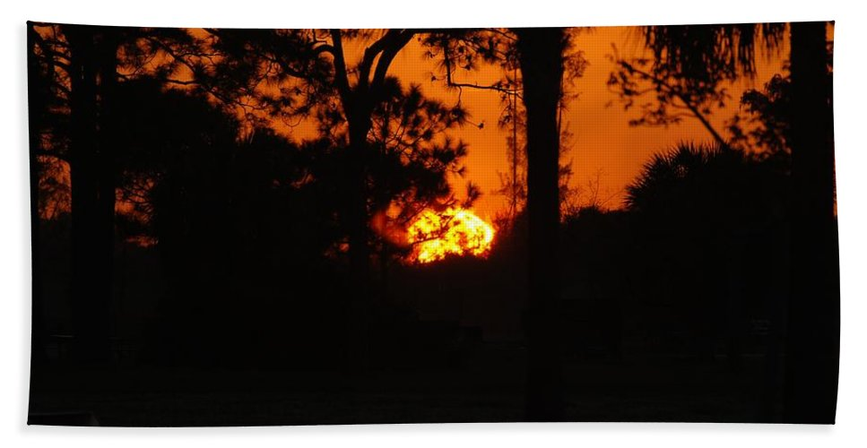 Landscape Hand Towel featuring the photograph Ball Of Fire by Rob Hans
