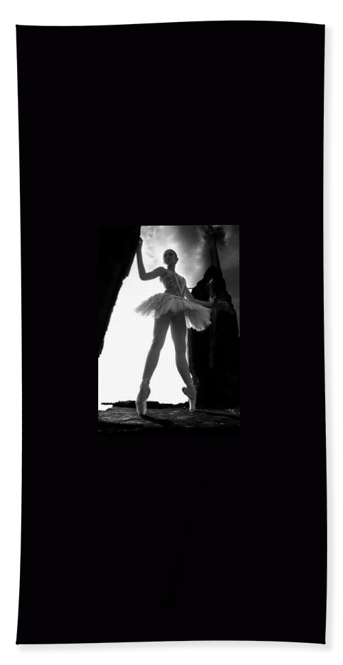 Ballet Dancer Bath Sheet featuring the photograph Ballet Dancer1 by George Cabig
