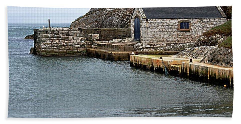Ballintoy Bath Sheet featuring the photograph Ballintoy Quayside by John Hughes