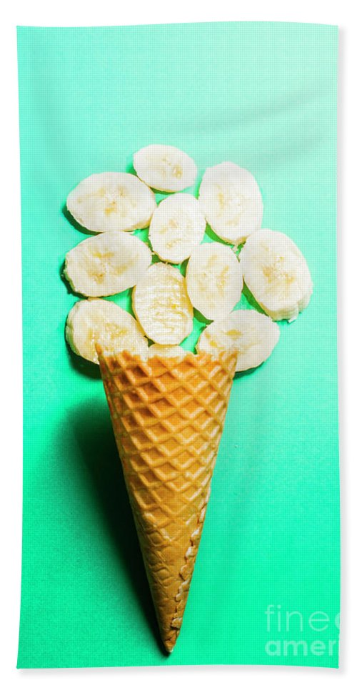 Bananas Bath Towel featuring the photograph Bananas Over Sorbet by Jorgo Photography - Wall Art Gallery