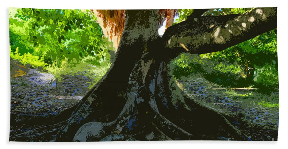 Banyan Tree Hand Towel featuring the painting Banyan by David Lee Thompson