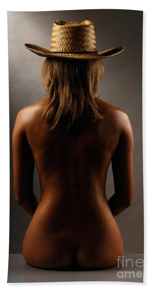 Woman Bath Towel featuring the photograph Bare Back Of A Woman In A Straw Hat by Maxim Images Prints