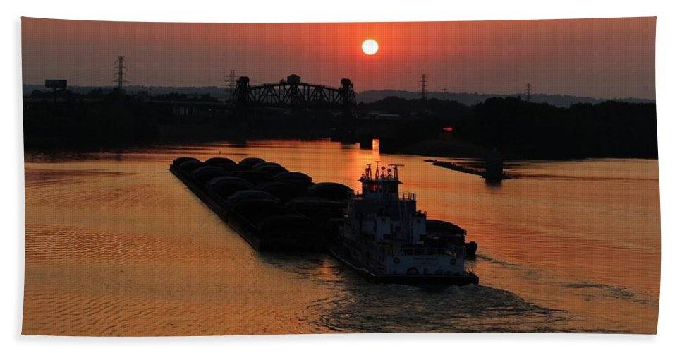 Ohio River Hand Towel featuring the photograph Barge On The Ohio. by Keri Butcher