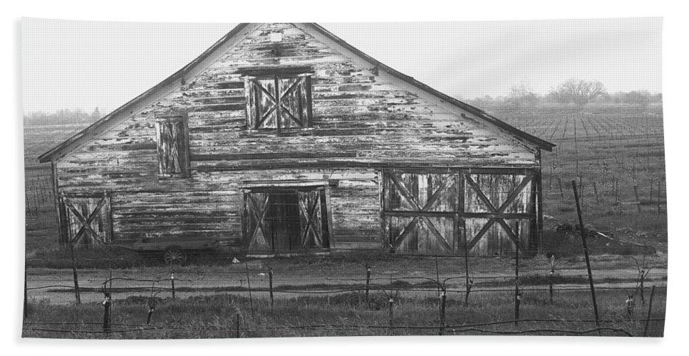 Barn Bath Sheet featuring the photograph Barn Of X by Tom Reynen