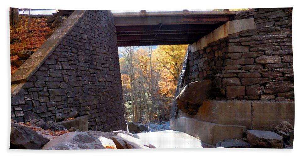 Bastion Falls Bridge Hand Towel featuring the painting Bastion Falls Bridge 2 by Jeelan Clark