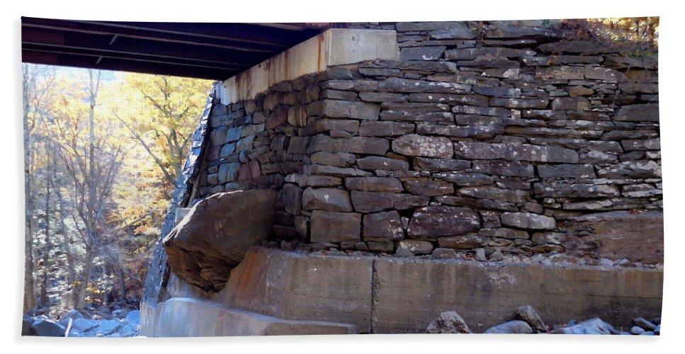 Bastion Falls Bridge Hand Towel featuring the painting Bastion Falls Bridge 3 by Jeelan Clark
