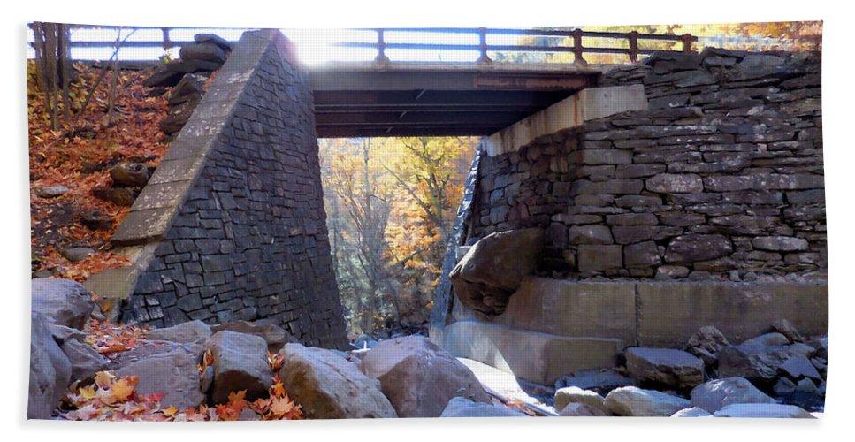 Bastion Falls Bridge Hand Towel featuring the painting Bastion Falls Bridge 5 by Jeelan Clark