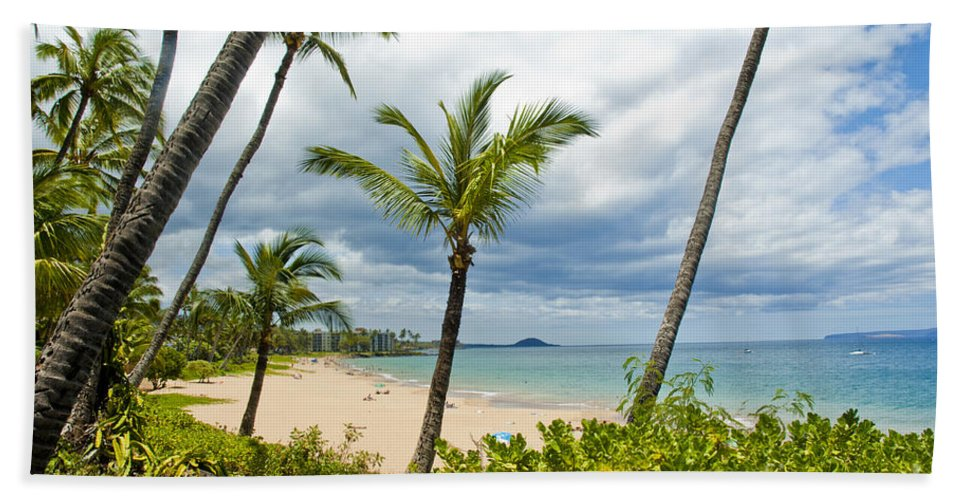 Hawaii Hand Towel featuring the photograph Beach On Maui 23 by Micah May