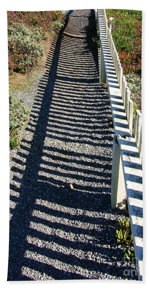 Half Moon Bay Hand Towel featuring the photograph Beach Path by Carol Groenen