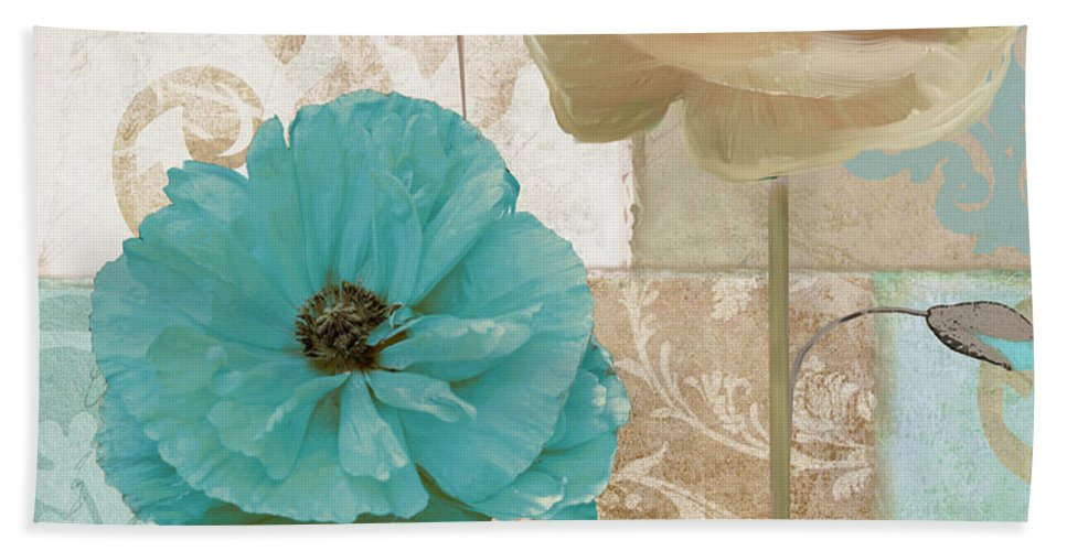 Beach House Bath Towel featuring the painting Beach Poppies by Mindy Sommers