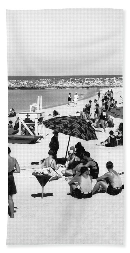 1920s Hand Towel featuring the photograph Beach Scene At Cape Cod by Underwood Archives