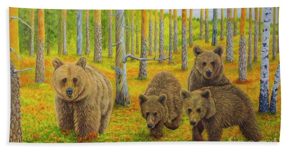 Animal Bath Towel featuring the painting Bear Family by Veikko Suikkanen