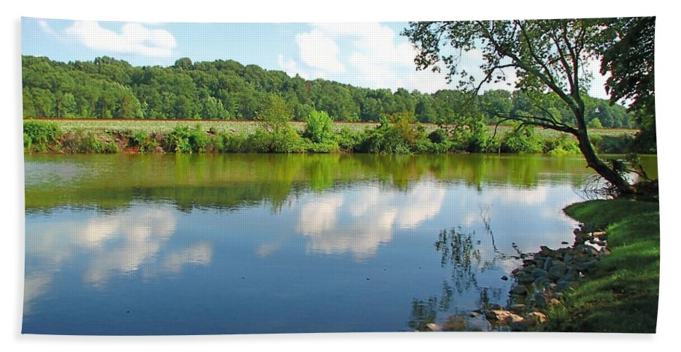 Landscape Bath Towel featuring the photograph Beautiful Blue Water by Todd A Blanchard