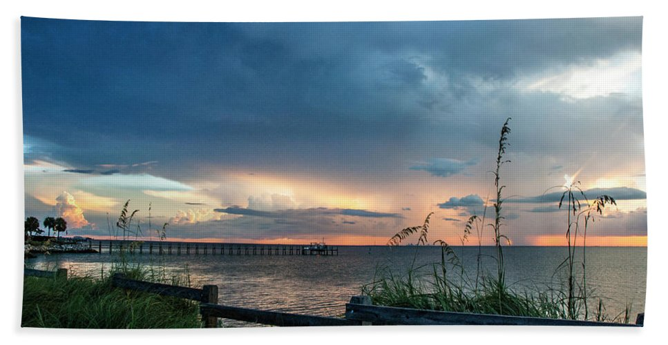 Seascape Bath Towel featuring the photograph Beautiful Vista by Norman Johnson
