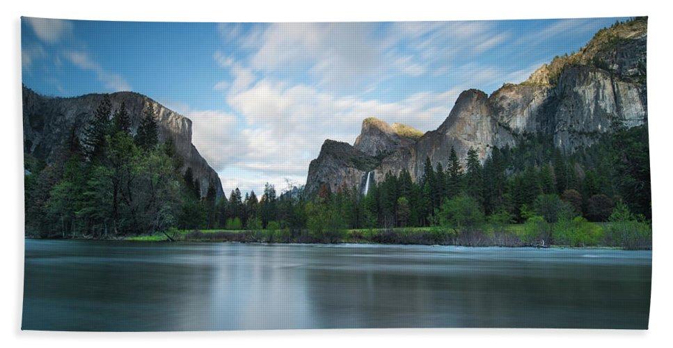 Yosemite Bath Towel featuring the photograph Beautiful Yosemite by Larry Marshall