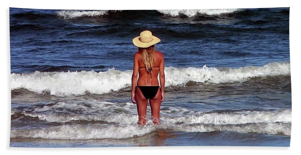 Blonde Hand Towel featuring the photograph Beauty And The Beach by Al Powell Photography USA