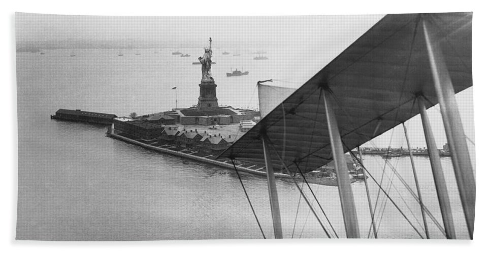 1910s Hand Towel featuring the photograph Bedloe's Island by Underwood Archives
