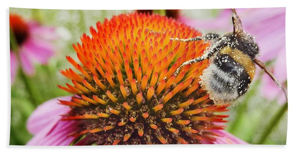 Air Hand Towel featuring the photograph Bee And Pink Flower by Vadzim Kandratsenkau