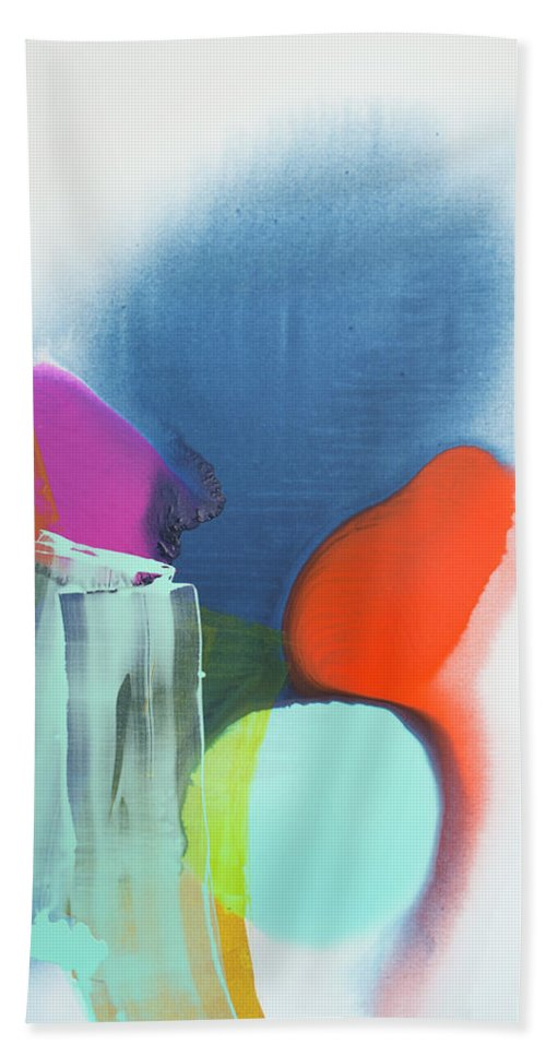 Abstract Bath Towel featuring the painting Being Sincere by Claire Desjardins